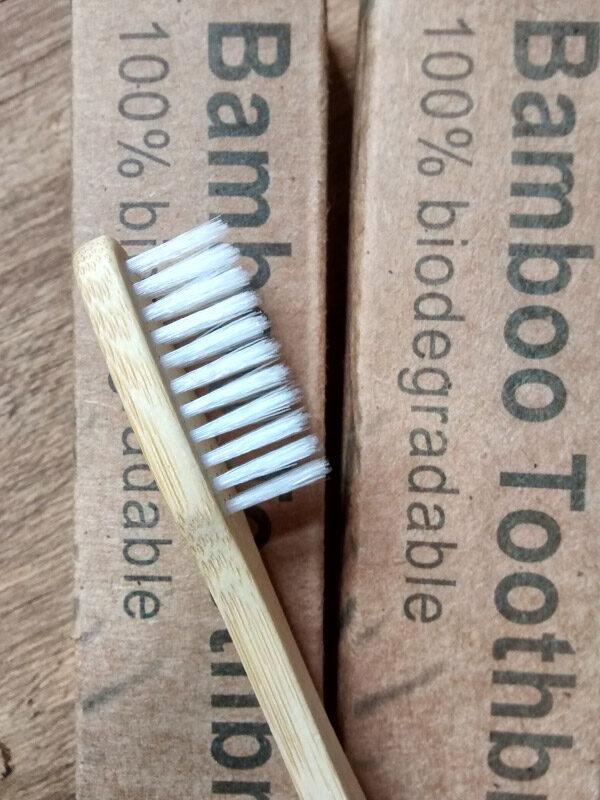 cepillo-diente-bamboo-01.jpg