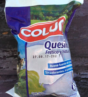 Quesillo 350 grs Colún